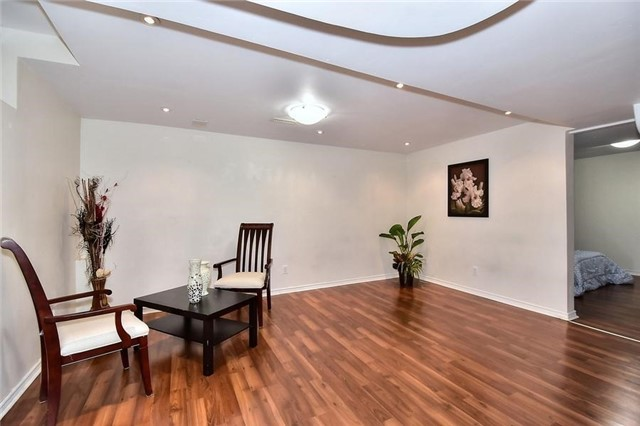 Detached at 18 Jacques Rd, Toronto, Ontario. Image 9