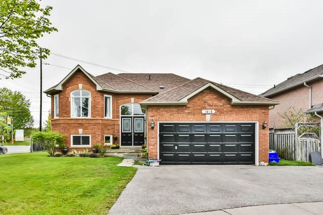 Detached at 2023 Valewood Crt, Oshawa, Ontario. Image 12