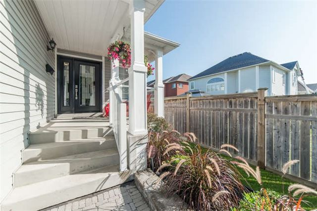 Detached at 112 Carnwith Dr E, Whitby, Ontario. Image 12