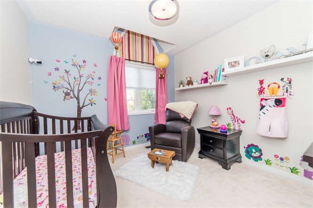 Detached at 112 Carnwith Dr E, Whitby, Ontario. Image 7