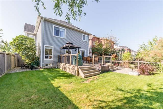 Detached at 112 Carnwith Dr E, Whitby, Ontario. Image 10
