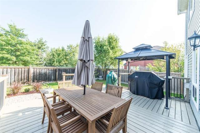 Detached at 112 Carnwith Dr E, Whitby, Ontario. Image 11