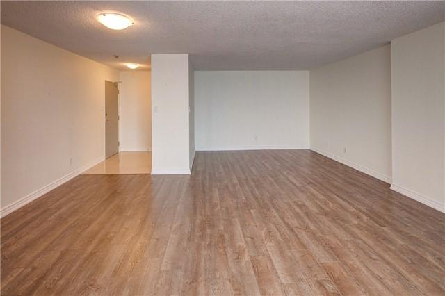 Condo Apartment at 1665 Victoria Park Ave, Unit 901, Toronto, Ontario. Image 17