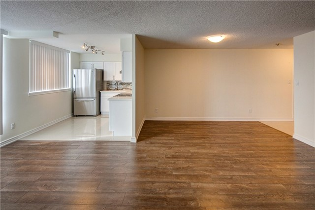 Condo Apartment at 1665 Victoria Park Ave, Unit 901, Toronto, Ontario. Image 18