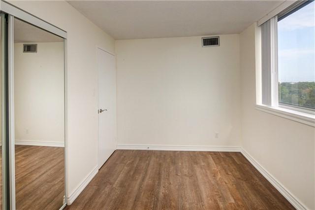 Condo Apartment at 1665 Victoria Park Ave, Unit 901, Toronto, Ontario. Image 8
