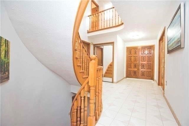 Detached at 125 Purcell Sq, Toronto, Ontario. Image 12