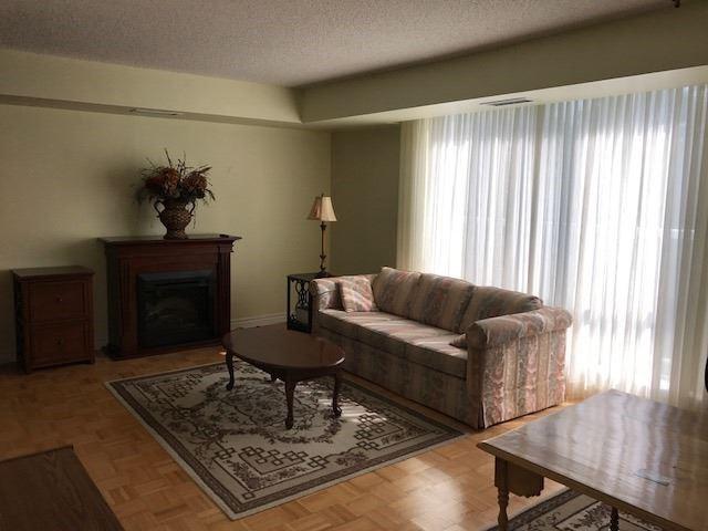 Condo Apartment at 452 Scarborough Golf Clu Rd, Unit 205, Toronto, Ontario. Image 4