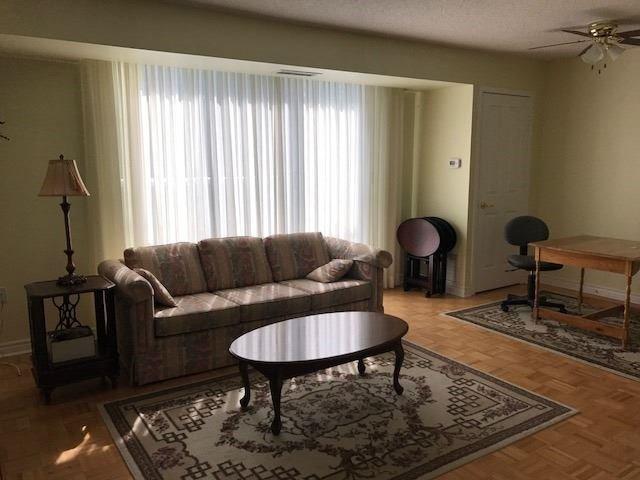 Condo Apartment at 452 Scarborough Golf Clu Rd, Unit 205, Toronto, Ontario. Image 5