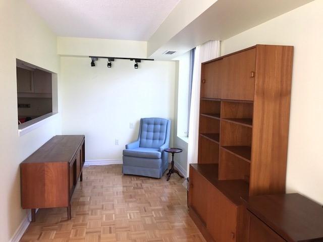 Condo Apartment at 452 Scarborough Golf Clu Rd, Unit 205, Toronto, Ontario. Image 6