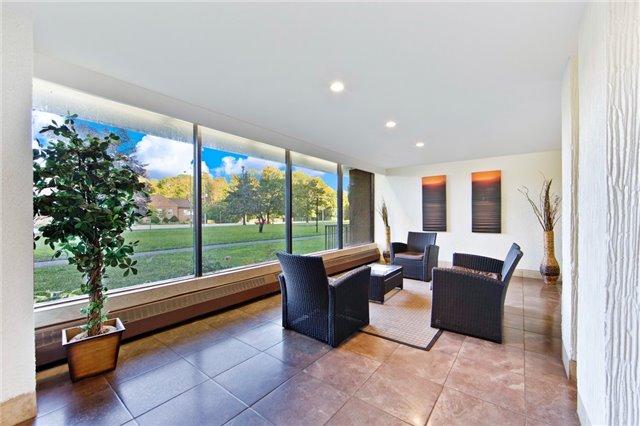 Condo Apartment at 180 Markham Rd, Unit 714, Toronto, Ontario. Image 14