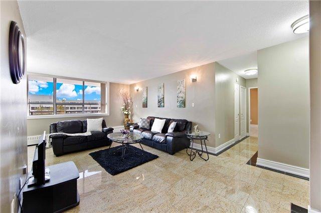 Condo Apartment at 180 Markham Rd, Unit 714, Toronto, Ontario. Image 17