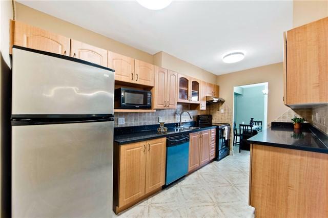 Condo Apartment at 180 Markham Rd, Unit 714, Toronto, Ontario. Image 19