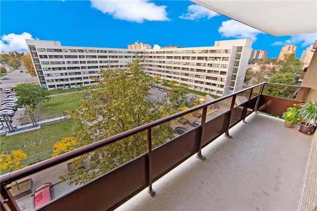 Condo Apartment at 180 Markham Rd, Unit 714, Toronto, Ontario. Image 8