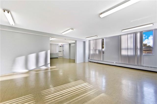 Condo Apartment at 180 Markham Rd, Unit 714, Toronto, Ontario. Image 10