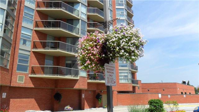 Condo Apartment at 10 Dean Park Rd, Unit 417, Toronto, Ontario. Image 7