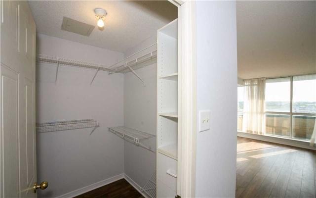 Condo Apartment at 1655 Pickering Pkwy, Unit Ph09, Pickering, Ontario. Image 3