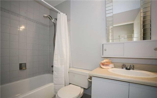 Condo Apartment at 1655 Pickering Pkwy, Unit Ph09, Pickering, Ontario. Image 4