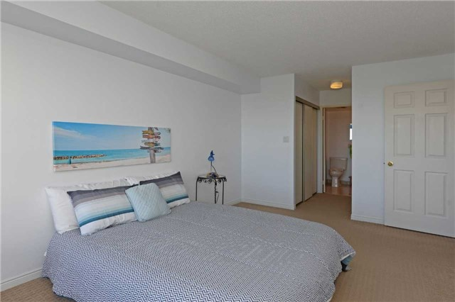 Condo Apartment at 20 Guildwood Pkwy, Unit 605, Toronto, Ontario. Image 2
