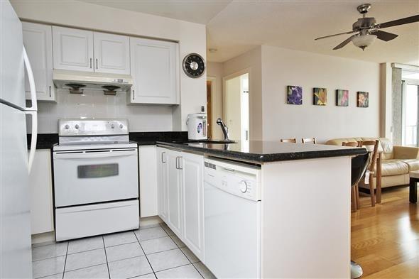 Condo Apartment at 50 Brian Harrison Way, Unit 802, Toronto, Ontario. Image 3