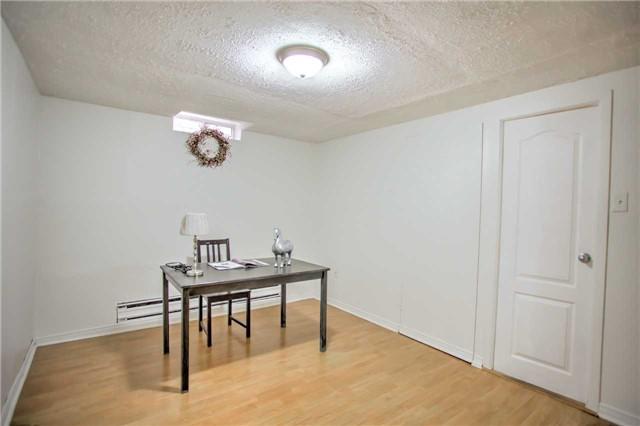 Condo Townhouse at 141 Galloway Rd, Unit 20, Toronto, Ontario. Image 3