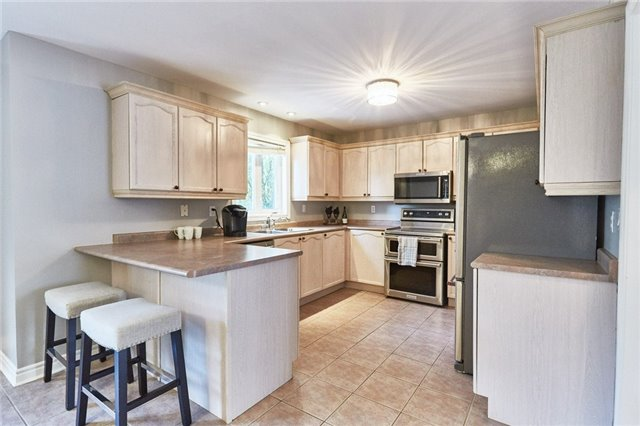 Detached at 164 Sprucewood Cres, Clarington, Ontario. Image 15