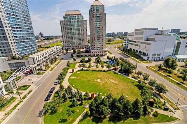 Condo Apartment at 8 Lee Centre Dr, Unit 1205, Toronto, Ontario. Image 19