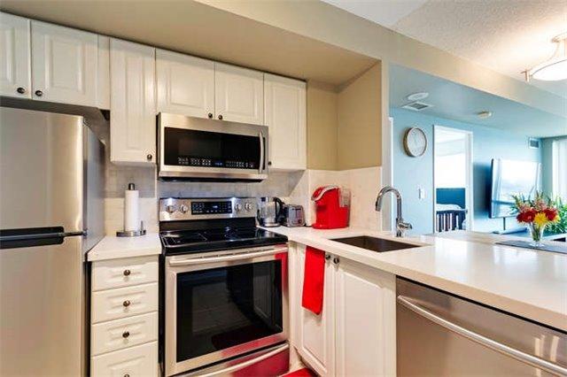 Condo Apartment at 8 Lee Centre Dr, Unit 1205, Toronto, Ontario. Image 4