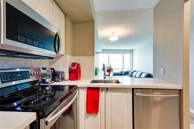 Condo Apartment at 8 Lee Centre Dr, Unit 1205, Toronto, Ontario. Image 5