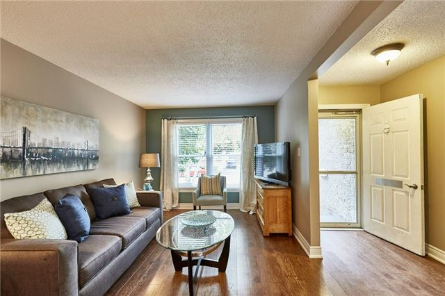 Detached at 32 Regency Cres, Whitby, Ontario. Image 17