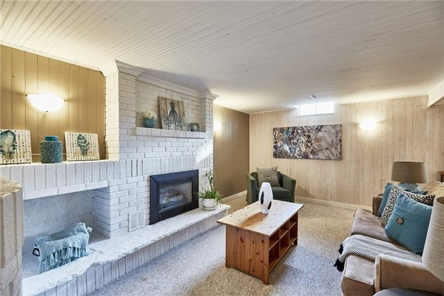 Detached at 32 Regency Cres, Whitby, Ontario. Image 5