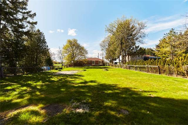 Detached at 3170 Taunton Rd, Clarington, Ontario. Image 13