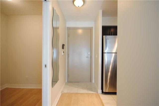 Condo Apartment at 70 Town Centre Crt, Unit 3105, Toronto, Ontario. Image 12