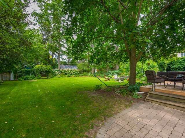 Detached at 1752 Wellington St, Pickering, Ontario. Image 7
