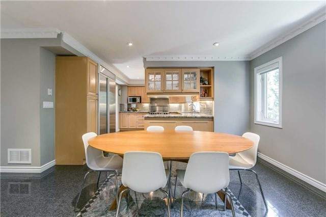 Detached at 14 Leander Crt, Toronto, Ontario. Image 16