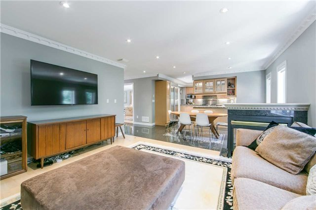 Detached at 14 Leander Crt, Toronto, Ontario. Image 17