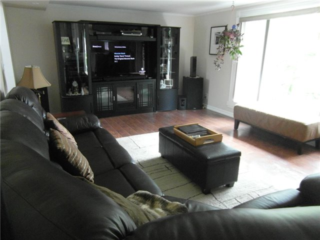 Detached at 370 Carnegie Beach Rd, Scugog, Ontario. Image 18