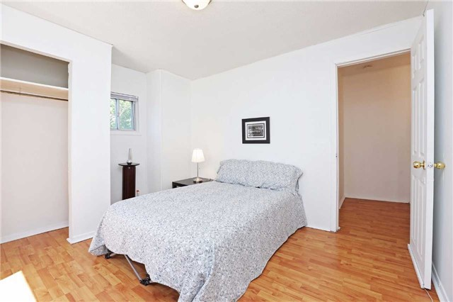 Detached at 318 Rhodes Ave, Toronto, Ontario. Image 12