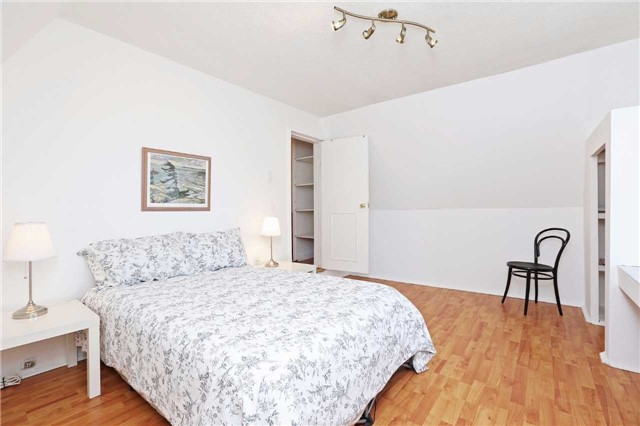 Detached at 318 Rhodes Ave, Toronto, Ontario. Image 2