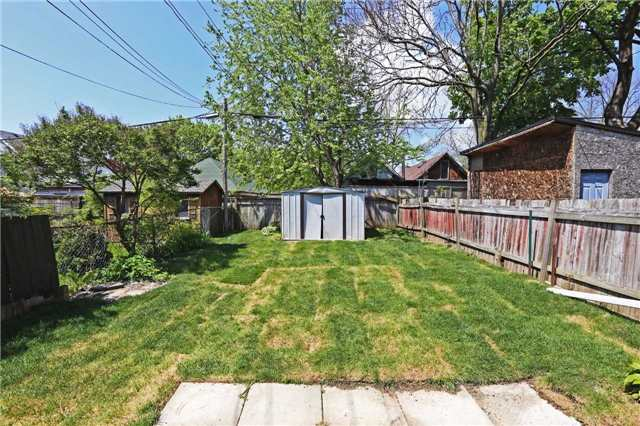 Detached at 318 Rhodes Ave, Toronto, Ontario. Image 8