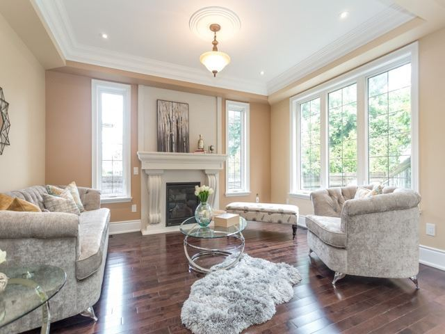 Detached at 52 Cavehill Cres N, Toronto, Ontario. Image 20