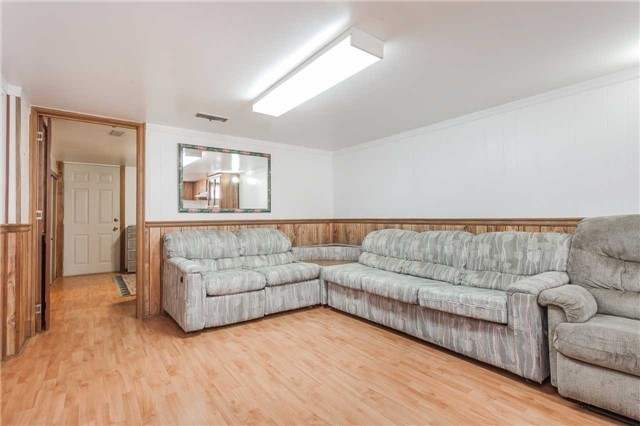 Detached at 145 Bexhill Ave, Toronto, Ontario. Image 9