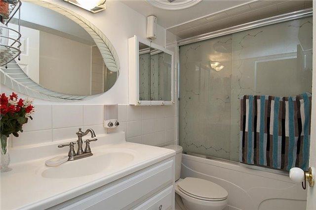 Condo Apartment at 3380 Eglinton Ave E, Unit #212, Toronto, Ontario. Image 8