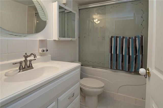 Condo Apartment at 3380 Eglinton Ave E, Unit #212, Toronto, Ontario. Image 9