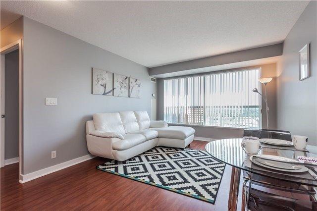 Condo Apartment at 36 Lee Centre Dr, Unit 2509, Toronto, Ontario. Image 9