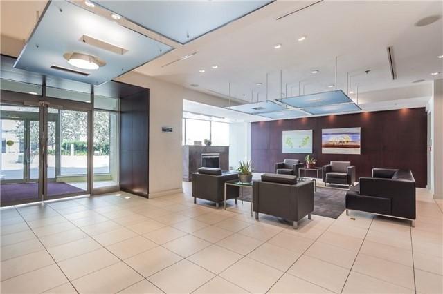 Condo Apartment at 36 Lee Centre Dr, Unit 2509, Toronto, Ontario. Image 5