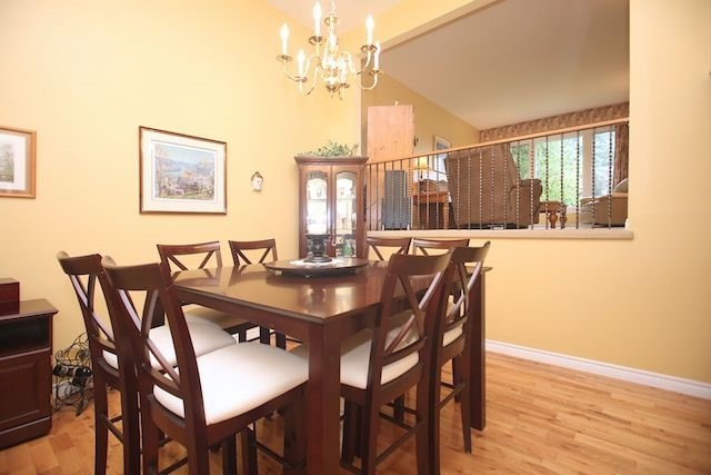 Detached at 17 Muir Cres, Whitby, Ontario. Image 19