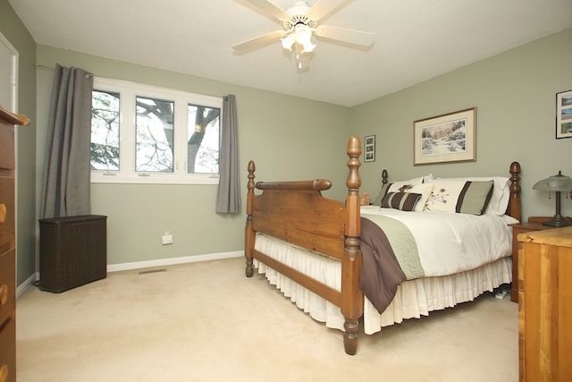 Detached at 17 Muir Cres, Whitby, Ontario. Image 4