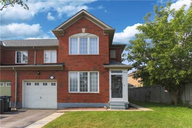 Semi-detached at 3 Dusk Owl Dr, Toronto, Ontario. Image 12