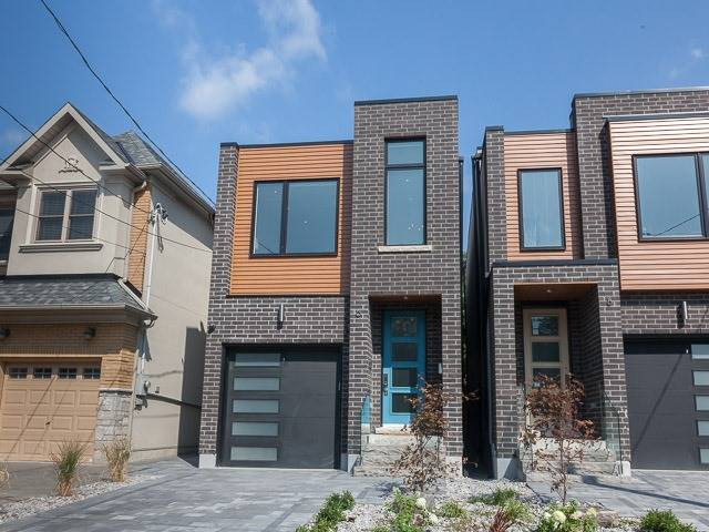 Detached at 6 Holborne Ave, Toronto, Ontario. Image 1