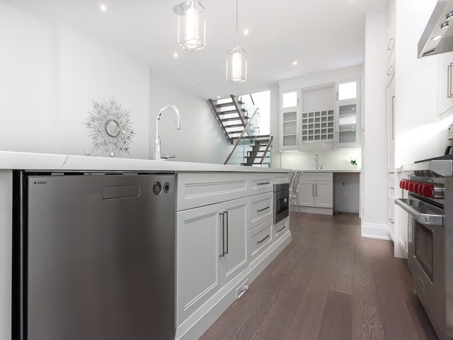 Detached at 6 Holborne Ave, Toronto, Ontario. Image 16